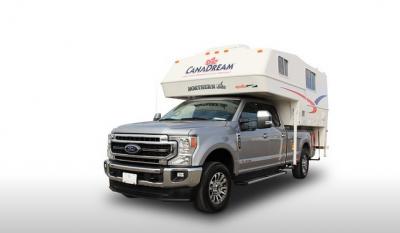 Frontansicht des Canadream Canada TCA-Wohnmobils