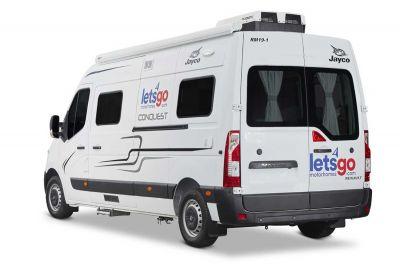 Heckansicht des 2+1 Bett Campers Escape von Let's Go Motorhomes Australien