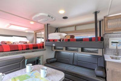 Adventurer Camper, Fraserway Canada - online rental | Campervan Rentals