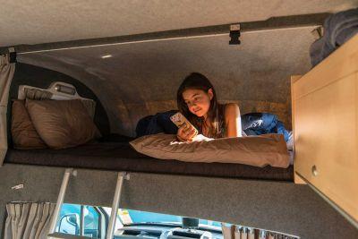 Alkovenbett im Euro Camper von Apollo Neuseeland