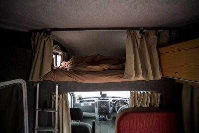 Alkovenbett im Camper Euro Star von Apollo Neuseeland