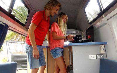 Travellers Autobarn Hitop Campervan Australien