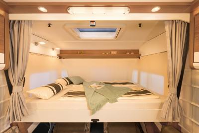 McRent Premium Luxury Schlafplatz Bett