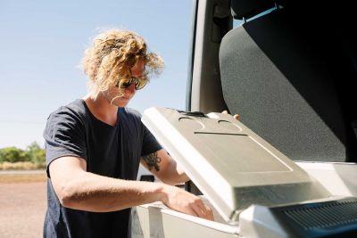 Kühlschrank im Allrad Camper Scout von Britz Australien