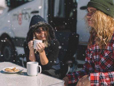 Camper Deuce Plus von Mighty Neuseeland Kaffee Kekse Schnee