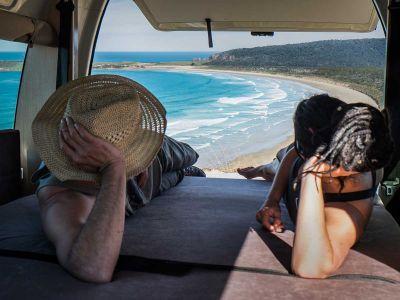 Camper Double Down Mighty Australien Aussicht Liegefläche