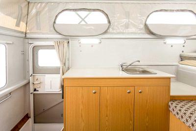 Küche im 4WD Adventure Camper von Cheapa Campa Australien