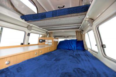 Betten im 4WD Camper Trailfinder von Cheapa Campa Australien