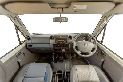 Fahrerkabine im 4WD Camper Trailfinder von Cheapa Campa Australien