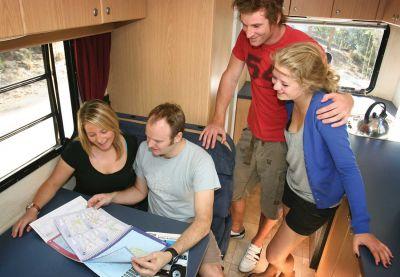 Innenraum im 4-Bett Motorhome von Cheapa Campa Neuseeland