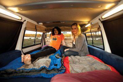 Bett im Camper Drift von Hippie Camper Australien