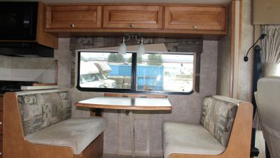 Meridian A-Class Wohnmobil in Kanada