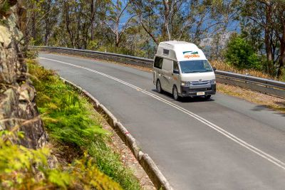 Unterwegs mit dem Camper Hitop von Apollo Australien