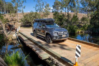 Über die Brücke mit dem 4WD-Camper X-Terrain von Apollo Australien