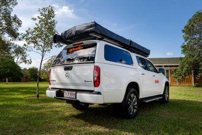 Heckansicht des 4WD-Campers X-Terrain von Apollo Australien