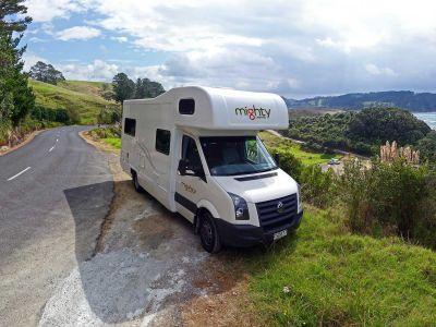 Camper Double Up von Mighty Neuseeland Aussichtspunkt
