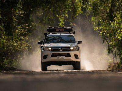 Unterwegs im Britz Allrad/4WD Camper Outback Australien