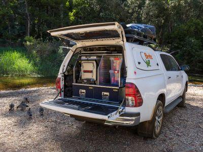Britz Allrad/4WD Camper Outback Australien, geöffnetes Heck