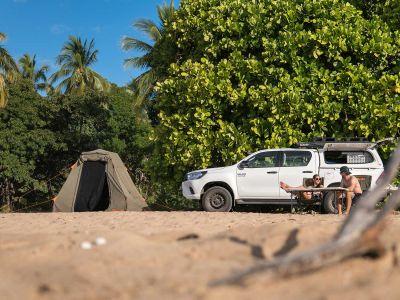 Zelt mit Britz Allrad/4WD Camper Outback in Australien