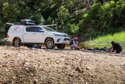 Britz Allrad/4WD Camper Outback in Australien, Zeltaufbau