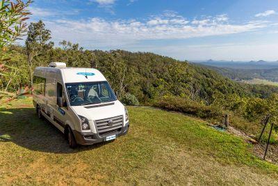 Aussichtspunkt mit dem 2 Bett Camper ST von Cheapa Campa Australien