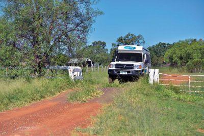 Unterwegs mit dem 4WD Camper Trailfinder von Cheapa Campa Australien4WD Camper Trailfinder von Cheapa Campa Australien