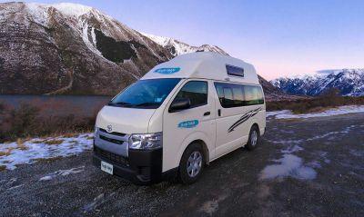 Camper Hitop von Cheapa Campa Neuseeland in den Bergen