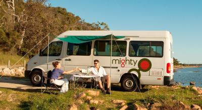 Camper Deuce Mighty Australien Seitenansicht