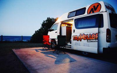Travellers Autobarn Hitop Campervan Neuseeland