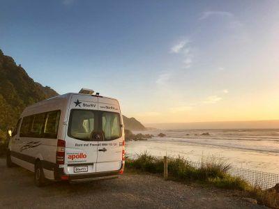 Abendhimmel über dem Camper Aquila von Star RV Neuseeland