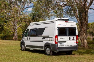 Seitliche Heckansicht des Campers Aquila von Star RV Neuseeland