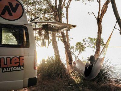 Camper Kuga Travellers Autobarn Australien Hängematte