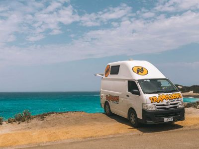 Camper Kuga Travellers Autobarn Australien Strand