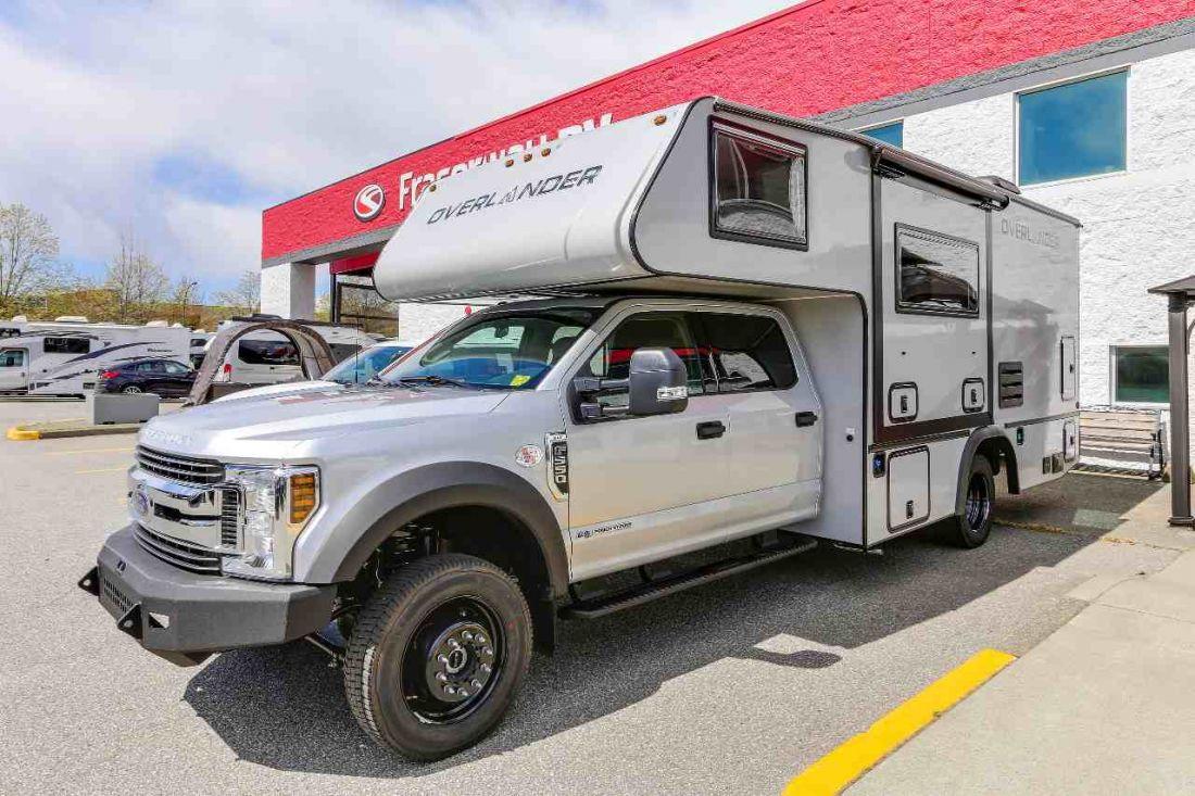 Adventurer Camper Rental Of Fraserway In Canada Bestcamper